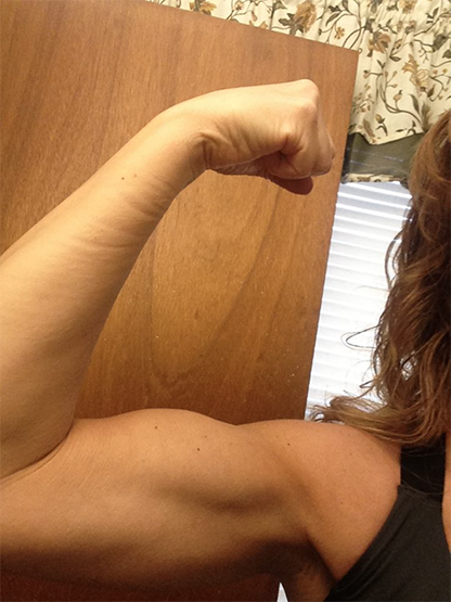 tracey-bicep-muscles